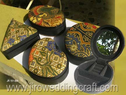 Batik jewel boxes